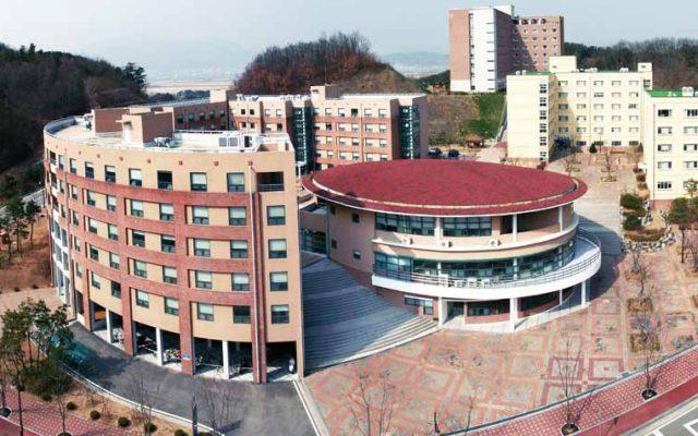 БНСУ-ын Күмох Үндэсний Технологийн их сургууль 2019 оны намрын магистр, докторын хөтөлбөртөө элсэлт авч эхэллээ