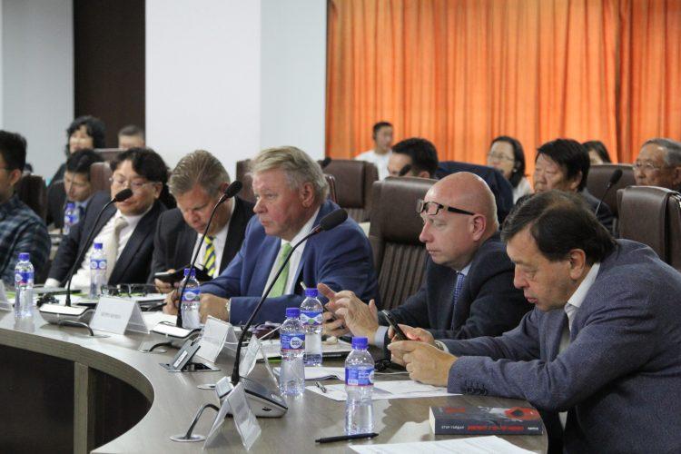 """""""Евроазийн эдийн засгийн интеграцийн сорилтууд"""" олон улсын эрдэм шинжилгээний хурал зохион байгууллаа"""